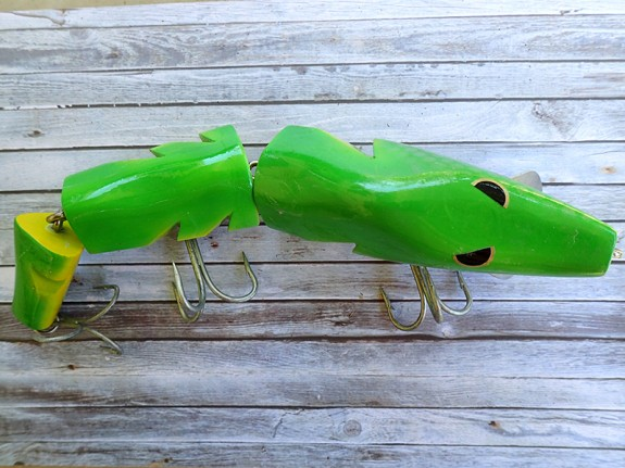 Water Stalker Snakes Green/Yellow